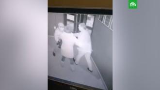 Житель Читы зарезал охранника в караоке-клубе