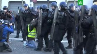 ВПариже вновь начались массовые задержания манифестантов
