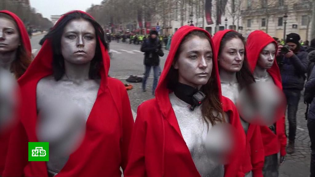 seks-foto-obnazhennih-devushek-iz-frantsii-delaet