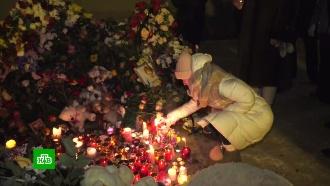 «Просто ждут чуда»: жители Магнитогорска продолжают дежурить урухнувшего подъезда