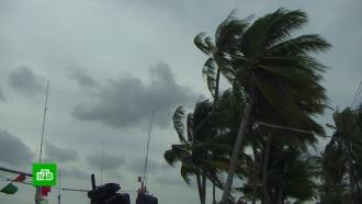 «Гигантский сом» наступает: курорты Таиланда накрыл сильнейший за полвека шторм