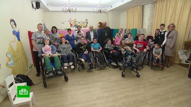 Путин обсудил сперсоналом детского хосписа новую госпрограмму паллиативной помощи.Путин, дети и подростки, здравоохранение, медицина, хосписы.НТВ.Ru: новости, видео, программы телеканала НТВ