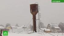 Жителям деревни под Петербургом устроили водную блокаду