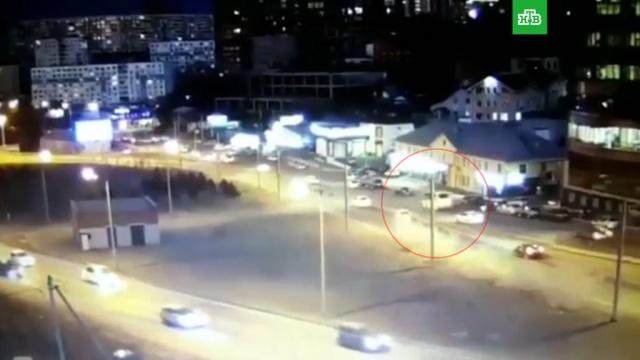Во Владивостоке водитель-эпилептик протаранил маршрутку слюдьми.Владивосток, ДТП, автобусы.НТВ.Ru: новости, видео, программы телеканала НТВ