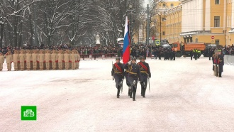 Петербург отмечает <nobr>75-летие</nobr> снятия блокады Ленинграда