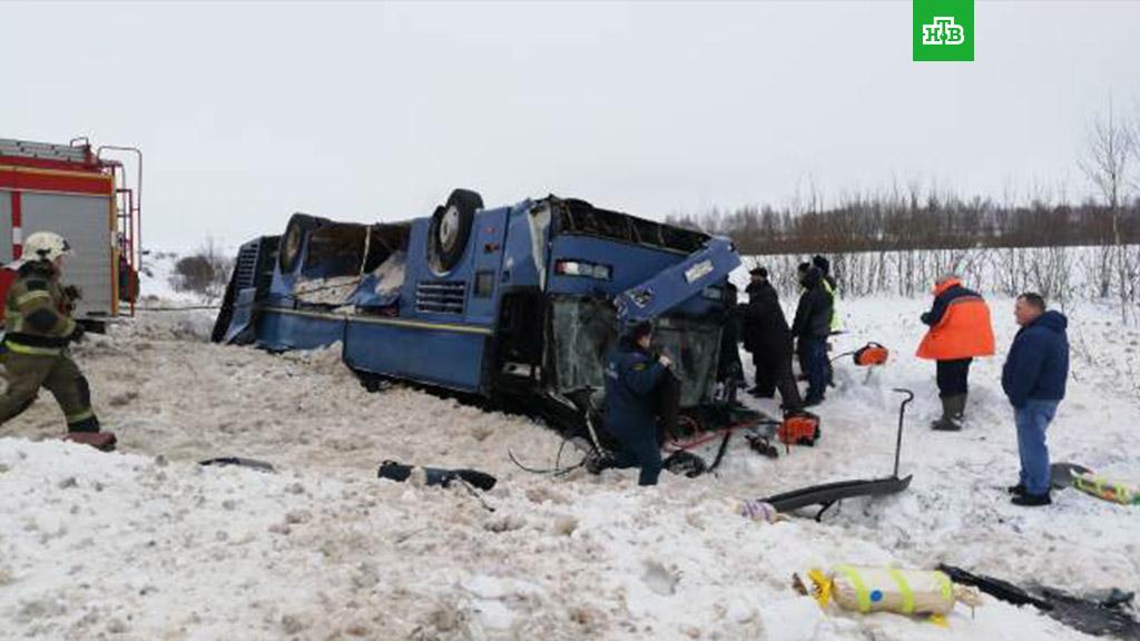 Автобус с детьми перевернулся под Калугой - погибших 7 человек (2019)