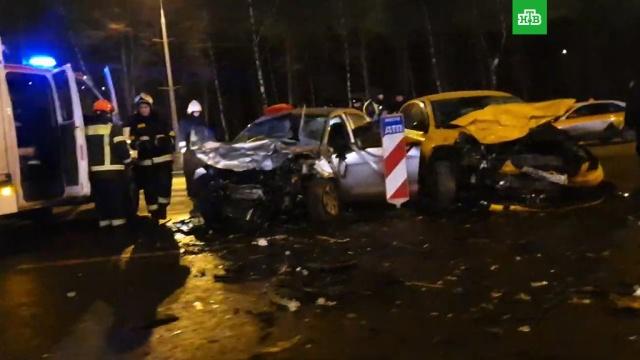 На Кутузовском проспекте в Москве столкнулись 4 машины, есть пострадавшие.ДТП, Москва, автомобили.НТВ.Ru: новости, видео, программы телеканала НТВ