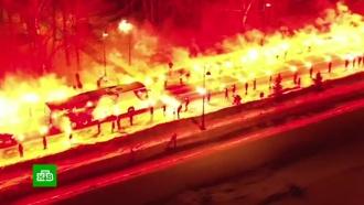 Фанаты «Зенита» перед игрой команды с турками устроили огненное шоу