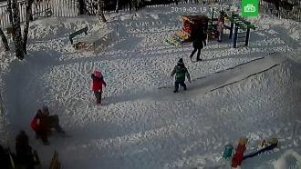 Маленькая девочка чуть не погибла во время прогулки вдетсаду Златоуста