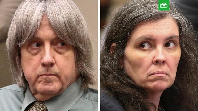 В США супруги Турпин признались в пытках своих детей.Представители прокуратуры штата Калифорния сообщили о досудебной сделке, заключенной с родителями, арестованными за пытки и жестокое обращение со своими 13-ю детьми.США, дети и подростки, издевательства.НТВ.Ru: новости, видео, программы телеканала НТВ