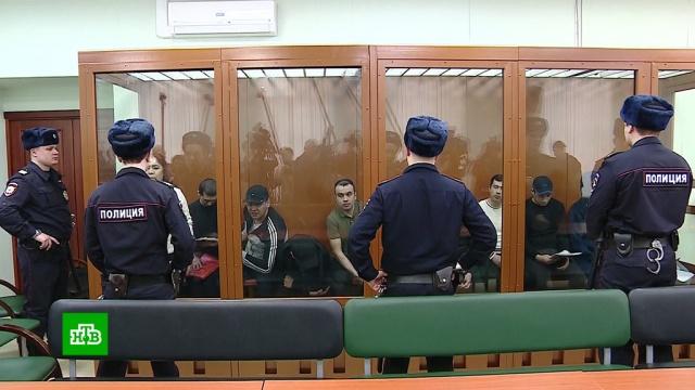 Подозреваемые по делу о теракте в петербургском метро предстали перед судом.Санкт-Петербург, взрывы, метро, суды, терроризм.НТВ.Ru: новости, видео, программы телеканала НТВ