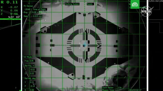 Crew Dragon с манекеном Рипли успешно пристыковался к МКС.Илон Маск, МКС, космонавтика, космос.НТВ.Ru: новости, видео, программы телеканала НТВ