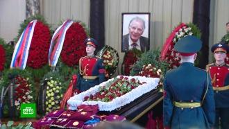 Петербург провожает Жореса Алфёрова впоследний путь