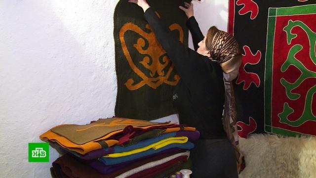 ВИнгушетии издали книгу сорнаментами войлочных ковров.Ингушетия.НТВ.Ru: новости, видео, программы телеканала НТВ