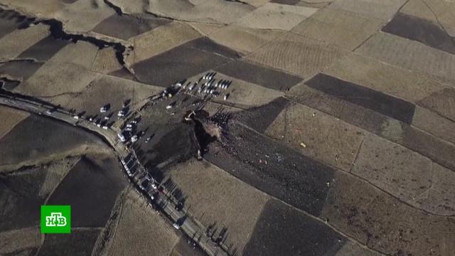 После крушения эфиопский Boeing 737ушел под землю.ООН, Эфиопия, авиационные катастрофы и происшествия, авиация, самолеты.НТВ.Ru: новости, видео, программы телеканала НТВ