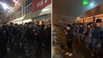Полиция проводит рейды на двух московских рынках