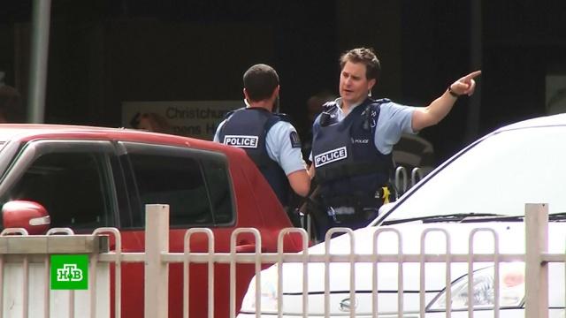 Более 20 человек погибли при стрельбе в мечетях в Новой Зеландии.Новая Зеландия, стрельба.НТВ.Ru: новости, видео, программы телеканала НТВ