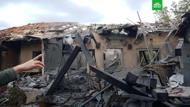 Выпущенная из сектора Газа ракета попала в жилой дом.Шестеро израильтян, включая детей, получили ранения при ракетном обстреле с территории сектора Газа.Ближний Восток, Израиль, Палестина.НТВ.Ru: новости, видео, программы телеканала НТВ
