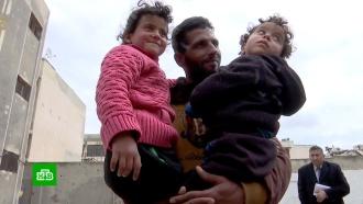 Новая жизнь: беженцы из лагеря <nobr>&laquo;Эр-Рукбан&raquo;</nobr> получили временное жилье