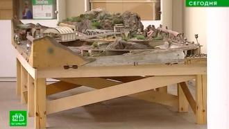 Железная дорога в миниатюре: в Петропавловской крепости появился самодельный экспонат из СССР