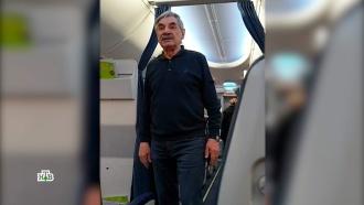 Скандал с Панкратовым-Чёрным в самолете разделил общественность на два лагеря