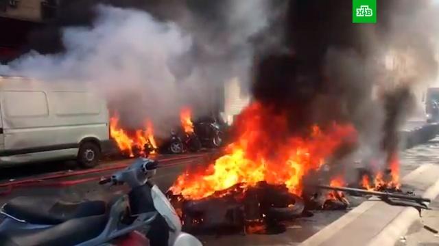 Протестующие начали поджигать машины на акции «желтых жилетов» вПариже.беспорядки, митинги и протесты, Париж, Франция.НТВ.Ru: новости, видео, программы телеканала НТВ
