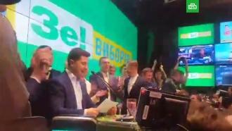 Зеленский поблагодарил семью икоманду за поддержку на выборах