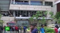 В организации взрывов на Шри-Ланке подозревают радикальных исламистов.На Шри-Ланке, где накануне прогремели 8 взрывов и еще один удалось предотвратить, задержаны 24 человека.Шри-Ланка, аэропорты, взрывы.НТВ.Ru: новости, видео, программы телеканала НТВ