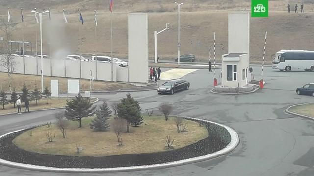 Во Владивостоке заметили лимузин Ким Чен Ына.Владивосток, Ким Чен Ын, Путин, переговоры.НТВ.Ru: новости, видео, программы телеканала НТВ