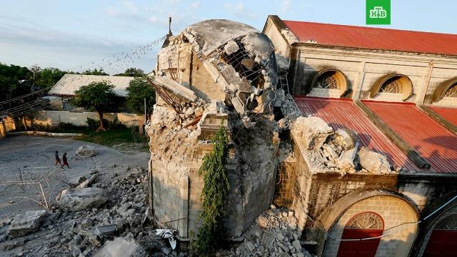 На Филиппинах произошло землетрясение магнитудой 6, 6.Второй день Филиппины вздрагивают от подземных толчков. Если вчера они чувствовались на острове Лусоне, то сегодня землетрясение магнитудой 6, 6 произошло на острове Самаре, что в 76 километрах к северо-востоку от Таклобана.Филиппины, землетрясения, небоскребы.НТВ.Ru: новости, видео, программы телеканала НТВ