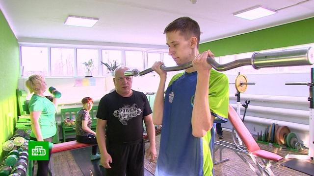 Пенсионер в Югре строит тренажерный зал для инвалидов.ХМАО/Югра, инвалиды, пенсионеры, спорт, строительство.НТВ.Ru: новости, видео, программы телеканала НТВ