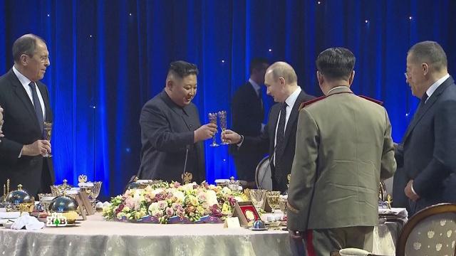 Встреча во Владивостоке: Путин и Ким Чен Ын выпили за объединение сил.визиты, Владивосток, Ким Чен Ын, Путин, Северная Корея.НТВ.Ru: новости, видео, программы телеканала НТВ