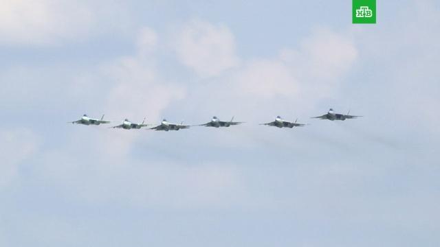 Самолет Путина сопроводили шесть Су‐57.авиация, Астраханская область, безработица, инвестиции, Путин, экономика и бизнес.НТВ.Ru: новости, видео, программы телеканала НТВ