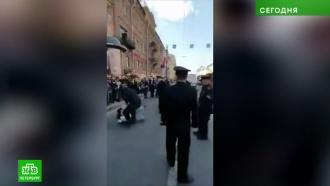 В ЗакСе петербургский омбудсмен осудил задержания на первомайской демонстрации