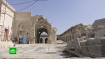 В Алеппо восстанавливают разрушенную во время боев древнюю мечеть