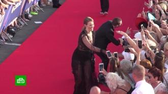 Беременная Гай Германика иСобчак без Богомолова: как прошло открытие «Кинотавра»