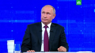 Путин: унас нет экономистов из <nobr>90-х</nobr>