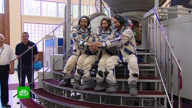 Новый экипаж МКС начал сдавать экзамены перед полетом.МКС, Роскосмос, космос.НТВ.Ru: новости, видео, программы телеканала НТВ