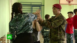 Это почетно: красноярские школьники мечтают стать охранниками иконвоирами