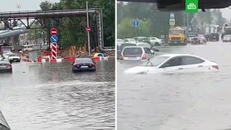 Дождь затопил дорогу каэропорту Шереметьево