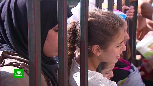 Бежавшие из Рукбана рассказали о нечеловеческих условиях жизни в лагере.Сирия, беженцы, терроризм.НТВ.Ru: новости, видео, программы телеканала НТВ
