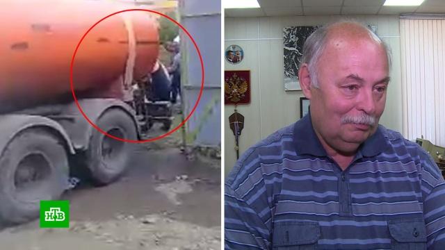 Иркутские коммунальщики вместо жилых домов спасали баню главы района.Иркутская область, наводнения.НТВ.Ru: новости, видео, программы телеканала НТВ