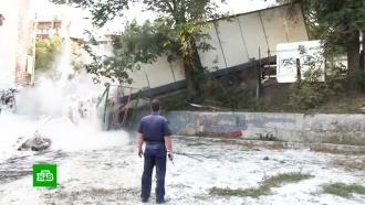 Детская площадка в Саратове стала опасной из-за частых ДТП