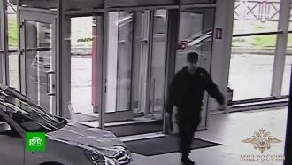 Лжеинкассатор на велосипеде украл 5 млн рублей из автосалона
