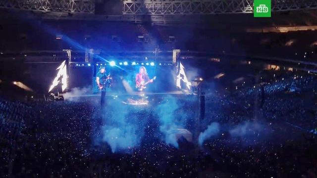 Metallica спела «Группу крови» в Москве.Группа Metallica исполнила хит Виктора Цоя на концерте в столичных «Лужниках».Цой, музыка и музыканты.НТВ.Ru: новости, видео, программы телеканала НТВ