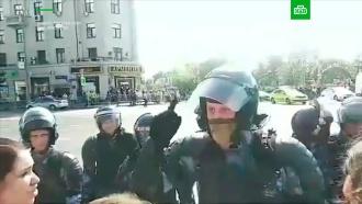 «Сидели на диване ижопу грели»: омоновец прочитал лекцию митингующим вМоскве