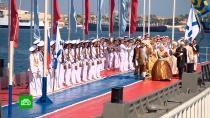 Пушечный залп икорабельный парад: Севастополь сразмахом отмечает День ВМФ