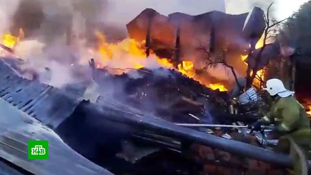 В частном доме под Тюменью взорвался газ: есть погибшие.Тюмень, взрывы газа, газ, несчастные случаи, смерть, пожары.НТВ.Ru: новости, видео, программы телеканала НТВ