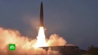 КНДР запустила ракеты и готовится спустить на воду новую подлодку