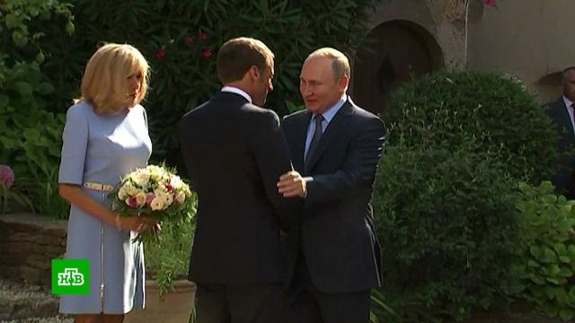 Макрон объявил оперезагрузке отношений сРоссией.Макрон, Путин, Франция, визиты, переговоры.НТВ.Ru: новости, видео, программы телеканала НТВ